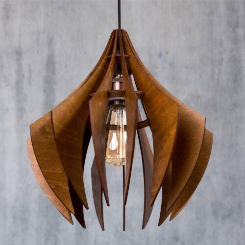 Lustra din lemn handmade