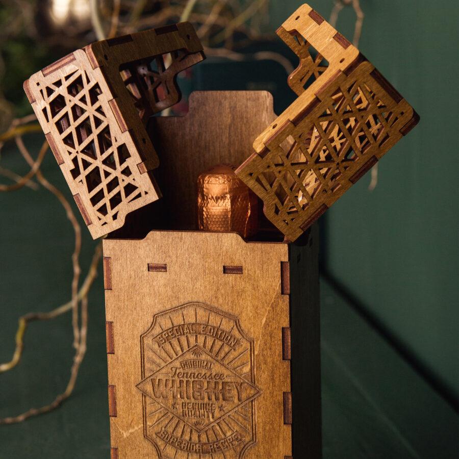 Cutie pentru vin care poate fi personalizata