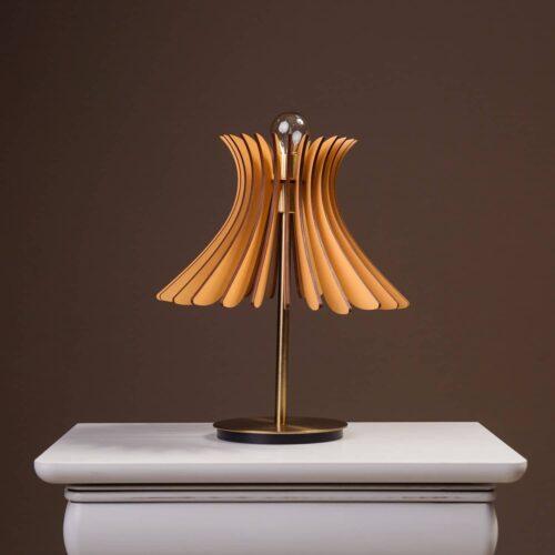 Lampa de birou sau noptiera Noa cu culoare maro